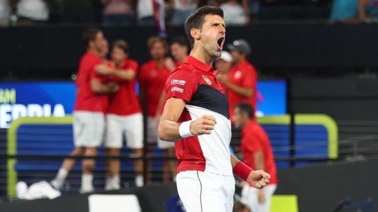 Djokovic vence a Shapovalov y pone a Serbia en las 'semis' de la ATP Cup