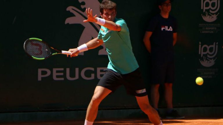 Andujar cae ante Martínez; Balázs avanza a cuartos en el Rio Open