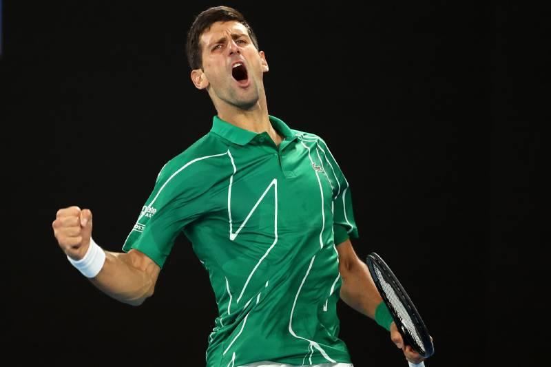 [VIDEO] Novak Djokovic jugando tenis con chicos en las calles de Belgrado