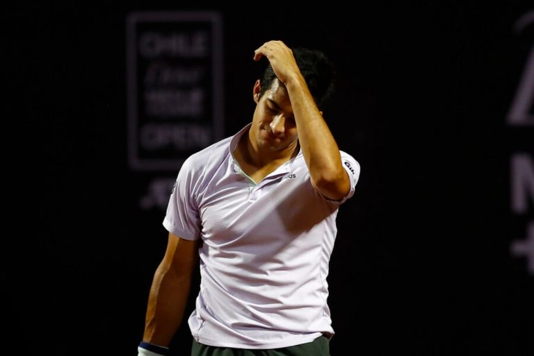 Garin se despide del torneo mientras Zverev avanza en el US Open