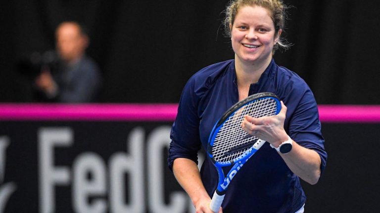 Kim Clijsters y otro duro debut en su regreso a los courts