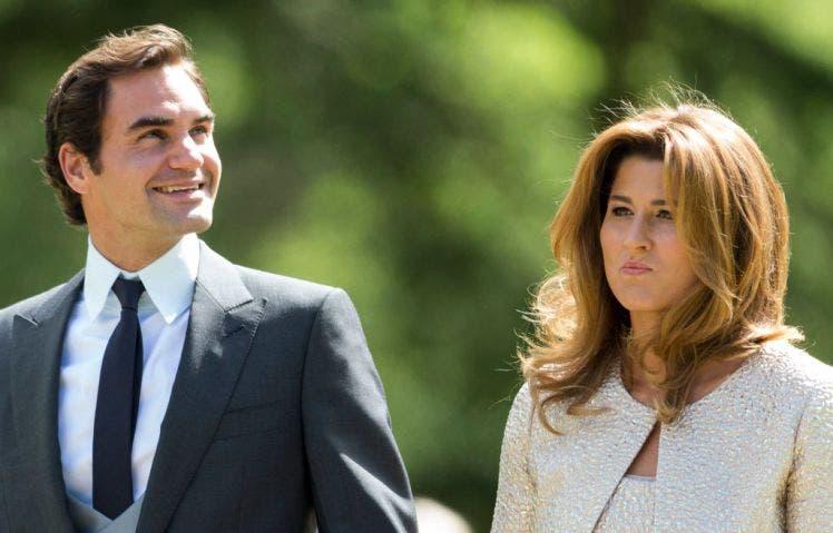 Federer y Mirka realizan gran donación para los más necesitados