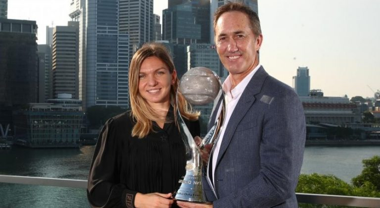 Darren Cahill, entrenador de Halep, critica postura de Roland Garros