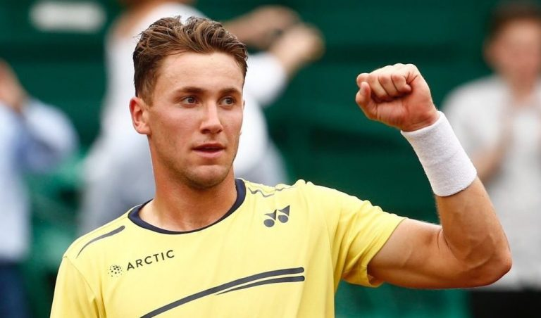 Casper Ruud: «Además de Rafa, me gusta aprender de otros tenistas como Federer o Djokovic»