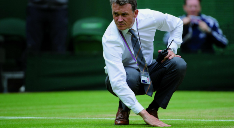 Jefe jardinero de Wimbledon explica porqué el torneo debe realizarse en julio