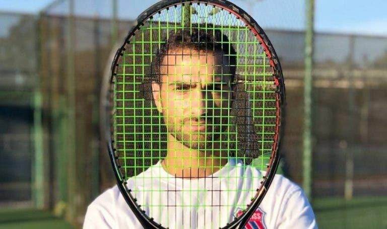 Excampeón de Wimbledon juniors enseña tenis online