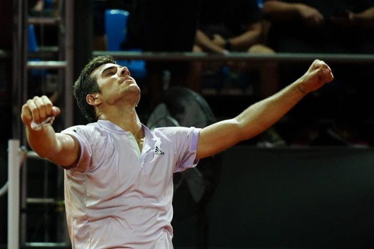 Cristian Garin remonta y pasa a la siguiente ronda del US Open