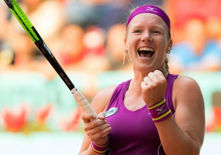 Bertens publica libro y donará ganancias para ayudar a tenistas holandeses