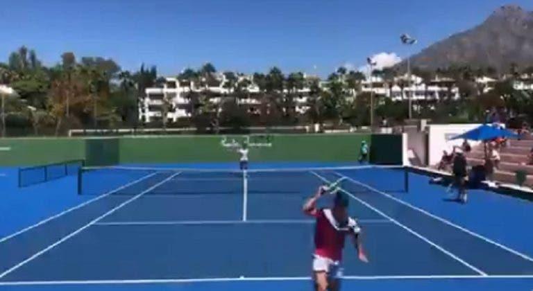 [VIDEO] Djokovic, impresionado con el tweener que hizo Davidovich