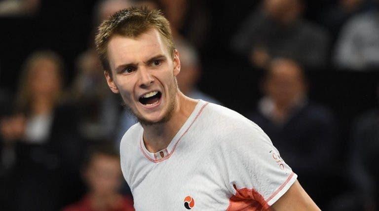 Bublik juega a un gran nivel y ya está en los cuartos de final en Hamburgo