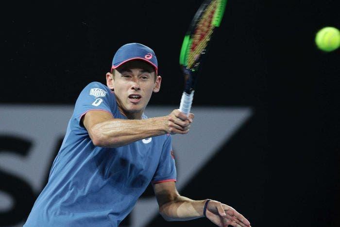De Miñaur vence a Khachanov y pasa a los octavos en el US Open