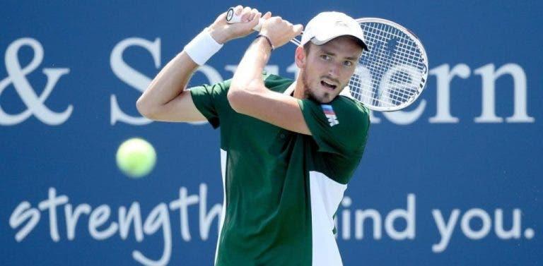 Medvedev continúa imparable y se medirá ante estrella universitaria en la 3ª ronda del US Open