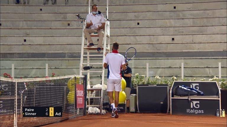 [VIDEO] Paire con actitud vergonzosa en su partido de la 1ª ronda en Roma