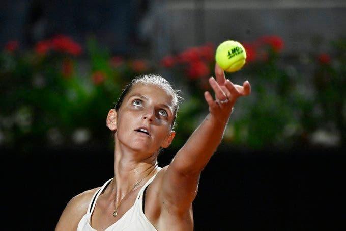 Pliskova sigue en pie a defender el título en Roma pero Svitolina no lo logra