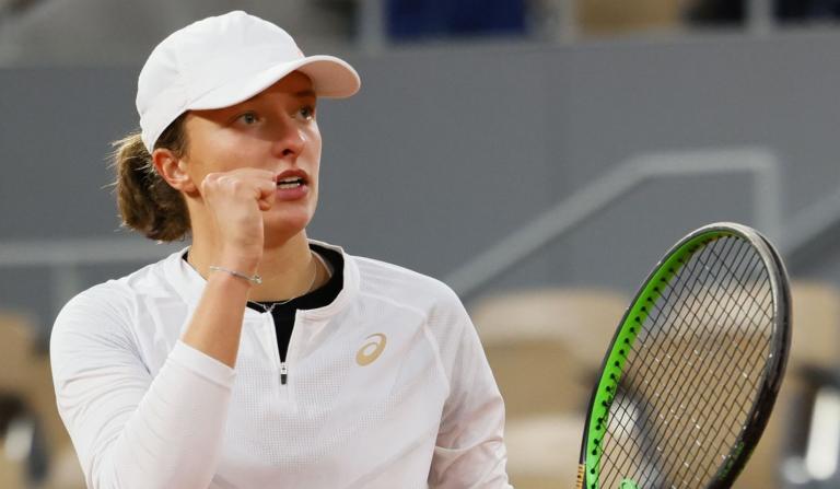 Swiatek clasifica para sus primeras semifinales de Grand Slam