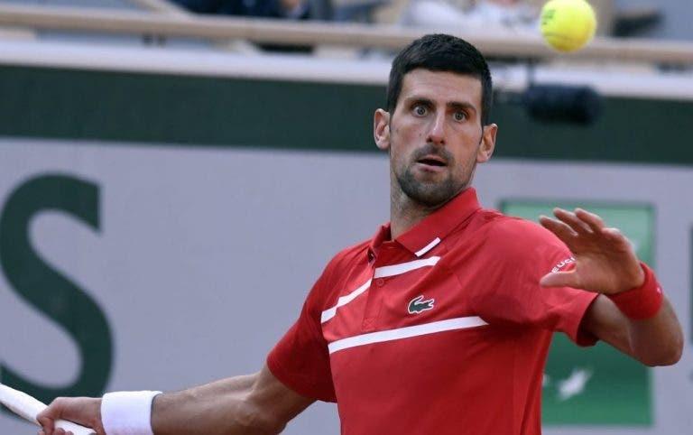 Djokovic triunfa una vez más y pasa a la tercera ronda en París