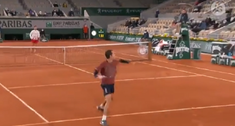 [VIDEO] Galán realiza punto increíble ante Djokovic