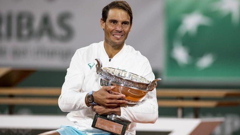 Iga Swiatek felicita a Rafael Nadal por su título en Roland Garros
