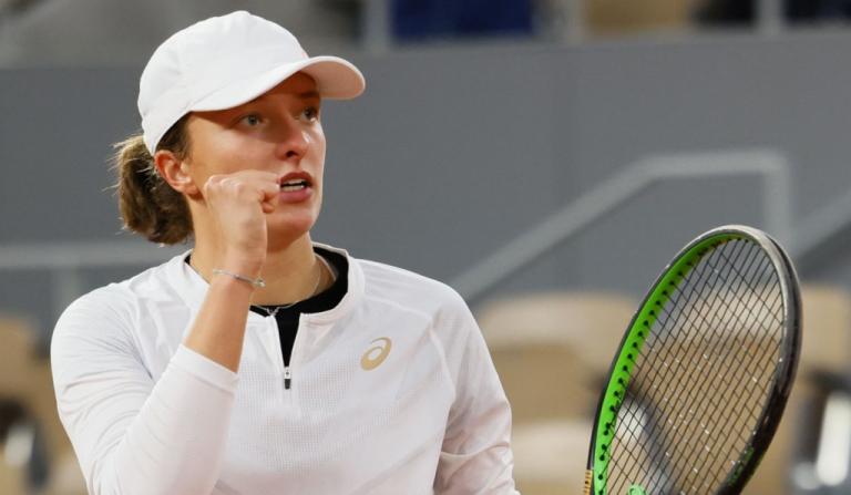 Swiatek despacha a Halep y Trevisan a Bertens en Roland Garros
