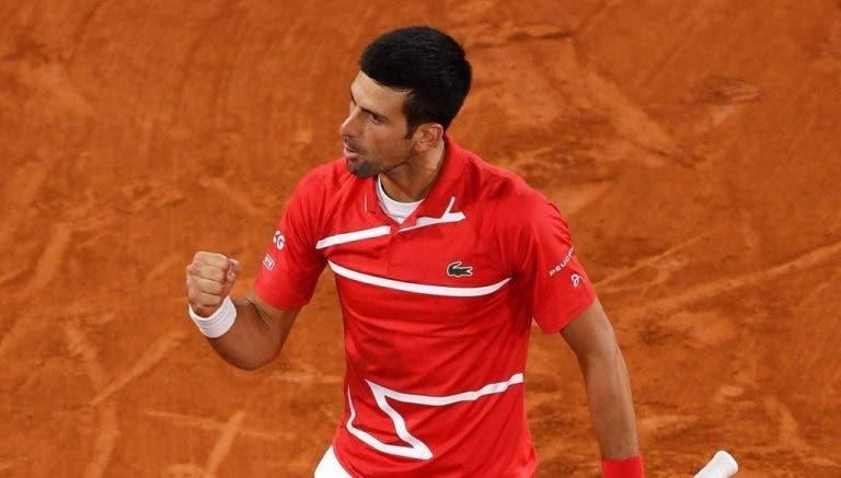 Djokovic vence a Tsitsipas y regresa a la final en París cuatro años después